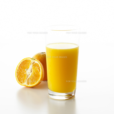 オレンジとオレンジジュース FYI00471172