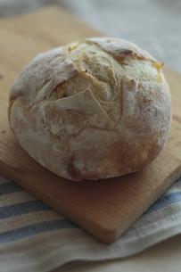 丸いパン FYI00474271