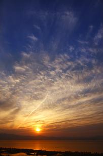 琵琶湖の夕日 FYI00474663