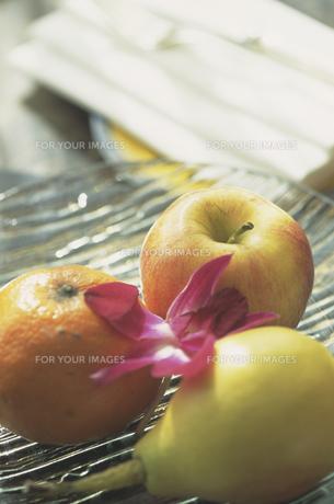 果物と花 FYI00476984