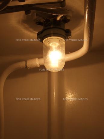 貨物船の室内灯 FYI00480375