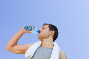 Man drinking water after the gym FYI00484216