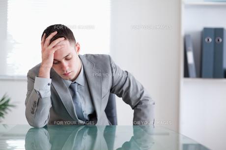 Businessman got bad news FYI00484712