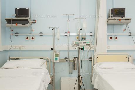 Sterile bedroom FYI00486852