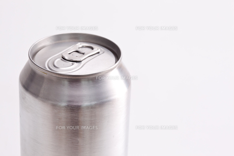 Closed aluminium can FYI00487111