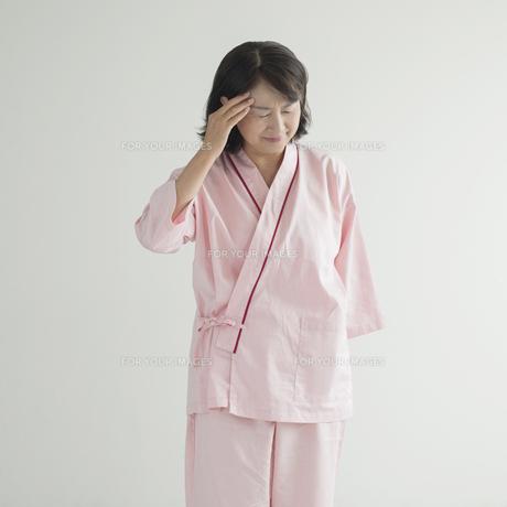 頭痛の患者 FYI00491344