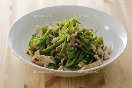豚肉ピーマン炒め FYI00497249