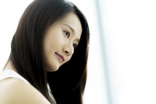 若い女性ヘアケアイメージの素材 [FYI00497462]