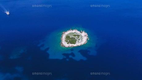 ザキントス島の無人な島02 FYI00542587