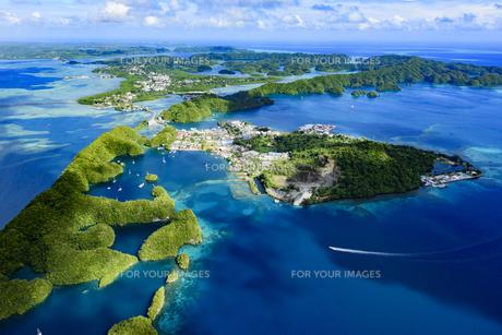 パラオ マラカル島とコロールの...
