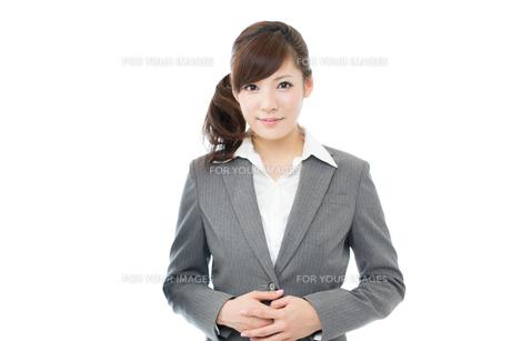 ビジネスウーマン白背景 FYI00558888
