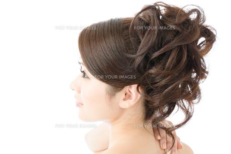肌の綺麗な女性 FYI00559274
