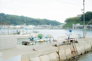 海のある町の静かな風景 FYI00560384