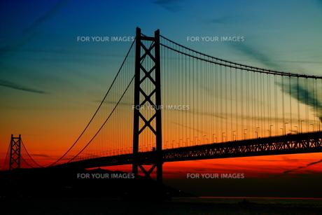 明石海峡大橋 夕暮れ 横位置 FYI00576273