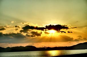 夕焼けの光 FYI00605088