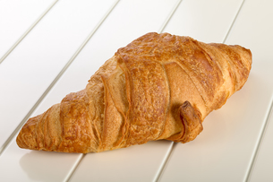 Sweet Croissant with chocolate FYI00639110
