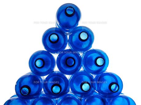 plastic bottles FYI00662504