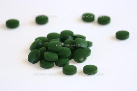 サプリメントの錠剤 FYI00736140