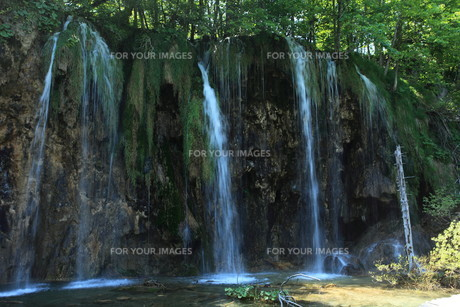 the national park plitvice in croatia FYI00741731