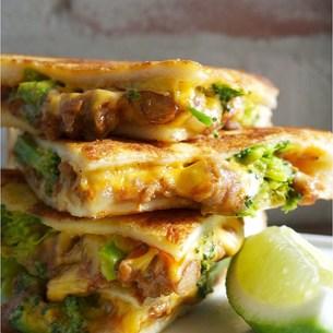 チーズメルト・サンドイッチ FYI00795789