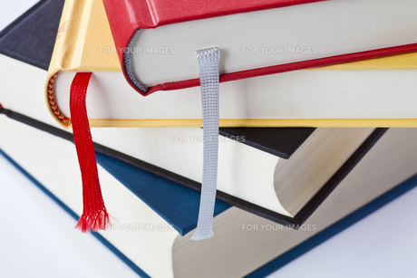 book stack FYI00803009