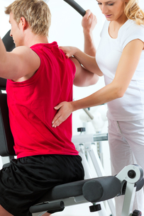 patient at the physiotherapy FYI00847013