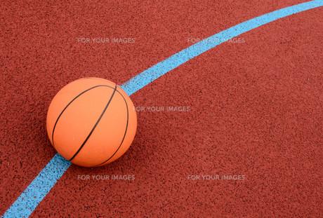 ball to the basket FYI00854233