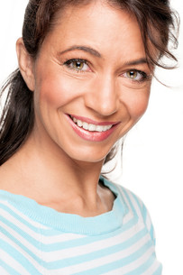 happy and smiling woman FYI00855304