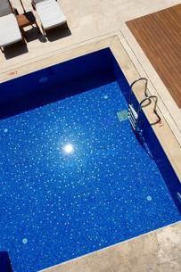 pool FYI00856202