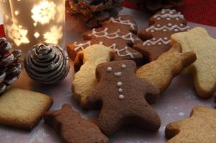 クリスマスのクッキー FYI00885291