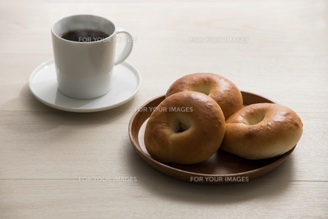 ベーグルの朝食 FYI00887478