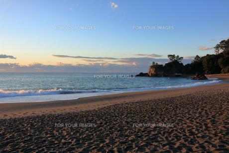 早朝の桂浜 FYI00891749