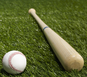 Baseball Bat and Ball FYI00905327