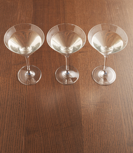 Three Martini Glassesの素材 [FYI00905494]