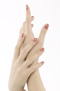 女性の手 FYI00915477
