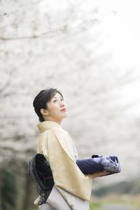 和服の日本人女性 FYI00934822
