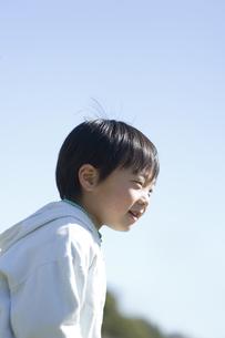 笑う男の子 FYI00935401