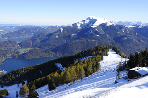 ツヴェルファーホルン山上の雪景色の素材 [FYI00940287]