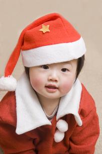 サンタの格好をした女の子 FYI00944729