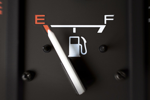 ガス欠の燃料計 FYI00954747