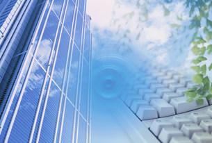 ビジネスイメージ  ビルとキーボード FYI00959559