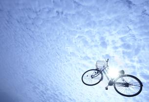 空を飛ぶ自転車 FYI00960920