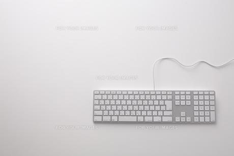 白いキーボード FYI00961725