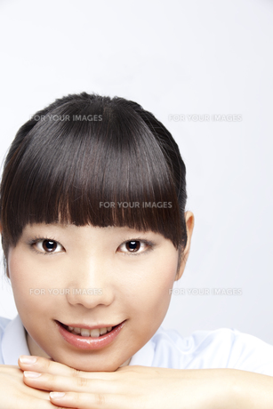 20代女性のビューティーイメージ FYI00993769