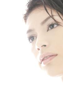 20代日本人女性のビューティー FYI00993825