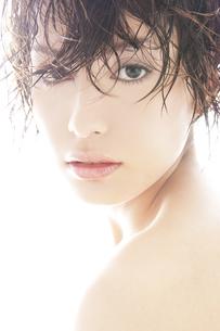 20代日本人女性のビューティー FYI00993830