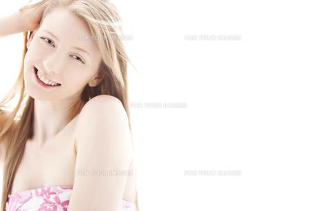 20代の外国人女性のビューティー FYI00993838