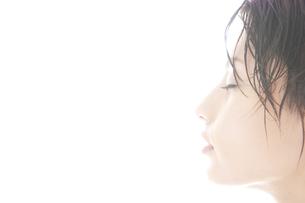20代日本人女性のビューティー FYI00993890