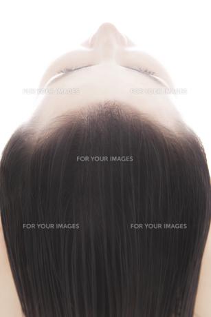 20代の外国人女性のビューティーイメージ FYI00994038