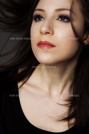 20代日本人女性のビューティーイメージ FYI00994051